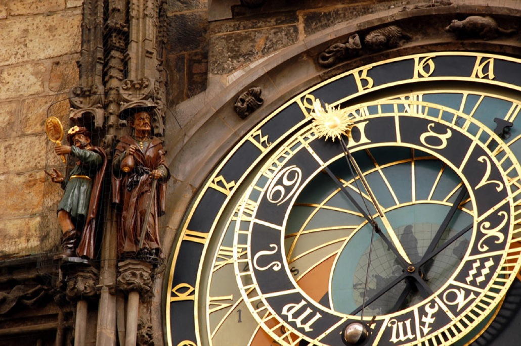 c-prague-astronomical-clock-1